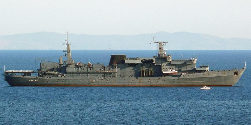 """Спасательное судно """"Алагез"""", оснащенное двигателем размерности 23/2х30"""