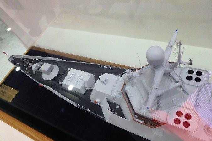 """Многоцелевой корабль подкласса """"корвет"""" разработки Крыловского центра. Фрагмент макета"""
