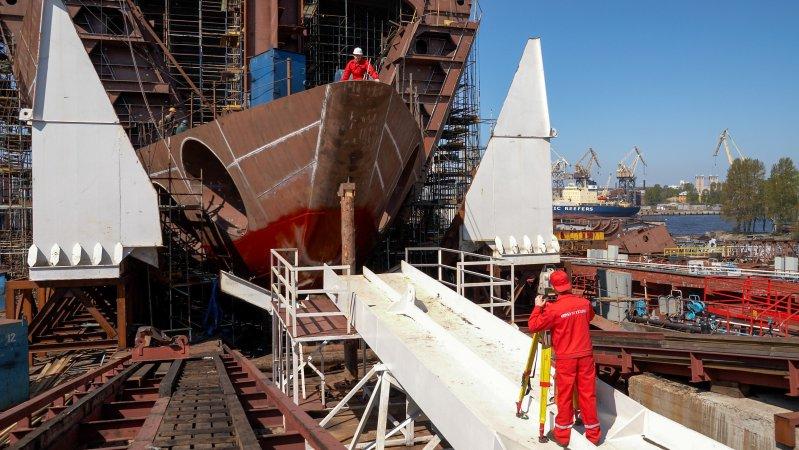 Проведение измерений при сборке корпуса судна