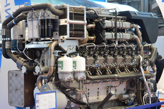 Дизельный двигатель М150